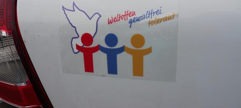 """Für ein friedliches Miteinander reicht """"Weltoffenheit, Gewaltfreiheit undToleranz""""!"""